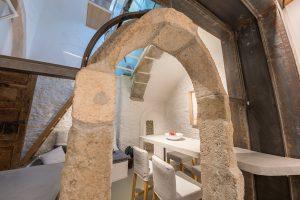 L'arco in pietra recuperato